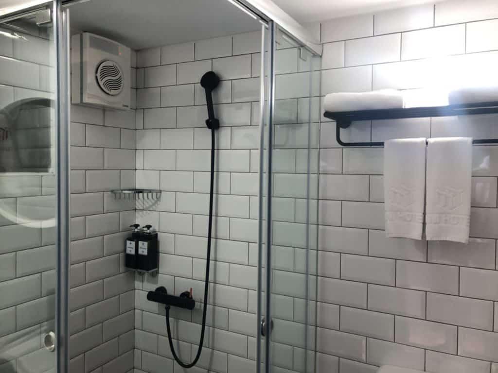 台中|逢甲|MINI HOTEL,房間-浴室1