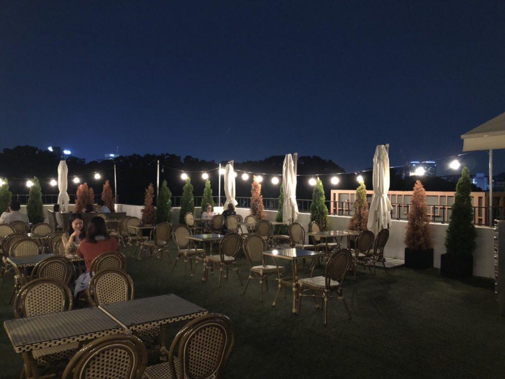首爾|仁寺洞AMASS飯店AMASS Hotel Insadong,散步即達益善洞韓屋村-ROOFTOP屋頂酒吧