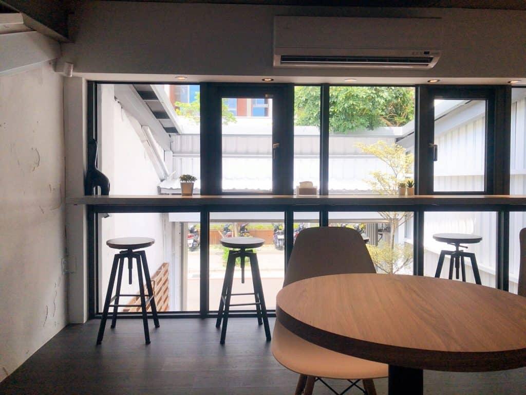 桃園ika coffee 伊卡咖啡廳 二樓座位區-1