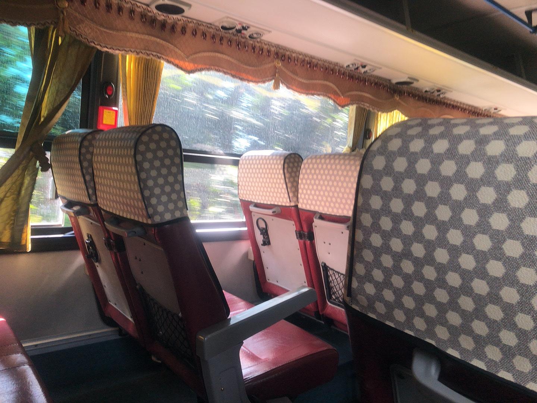 濟州島山君不離交通-巴士內座椅